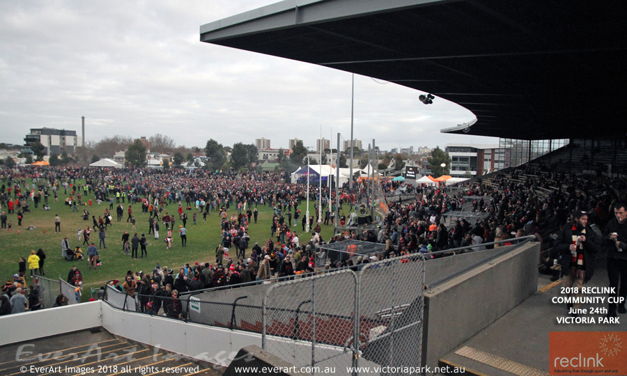 2018CommCup_5Crowd